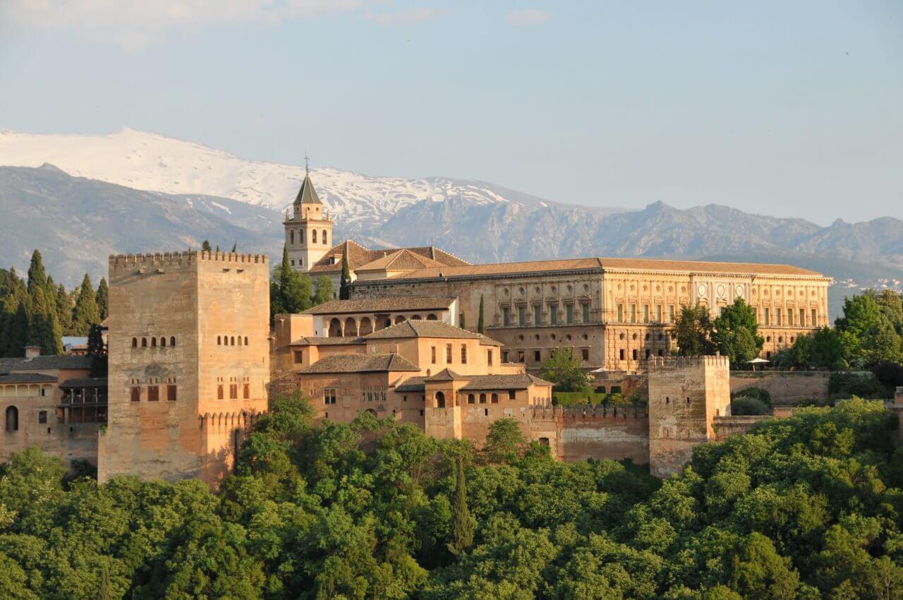 Visite de l'Alhambra de Grenade avec Lola
