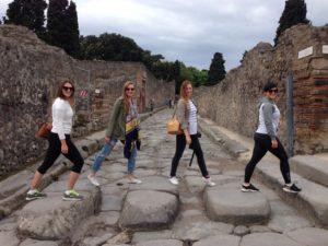 visite en français de Pompéi avec Ada