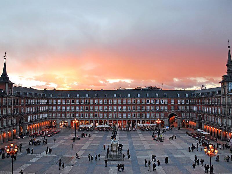 Visite guidée de Madrid, Leire, notre guide pour la visite guidée des plus beaux quartiers de Madrid à vélo