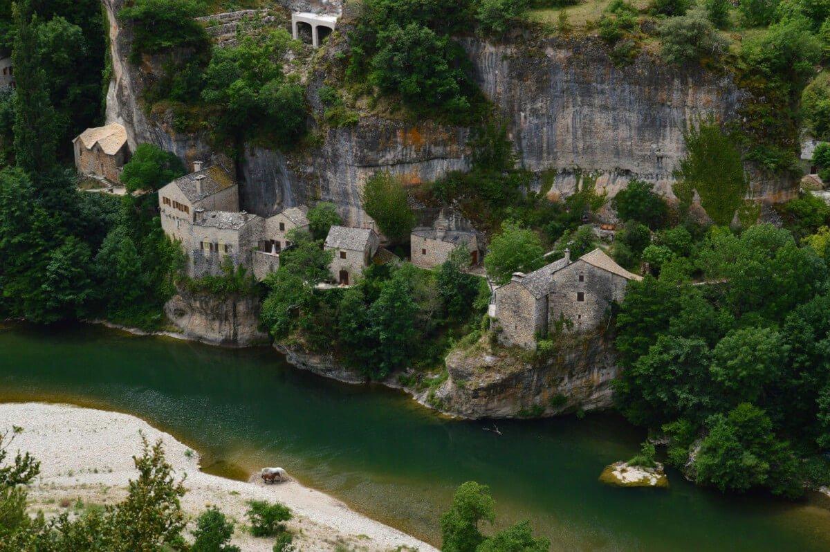 """Visite de l'Aveyron, Visite des incontournables de l'Aveyron<span class=""""wtr-time-wrap after-title""""><span class=""""wtr-time-number"""">6</span> min read</span>"""