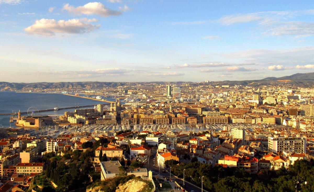 """visite de Marseille, Visite de Marseille et excursion en Catamaran<span class=""""wtr-time-wrap after-title""""><span class=""""wtr-time-number"""">5</span> min read</span>"""
