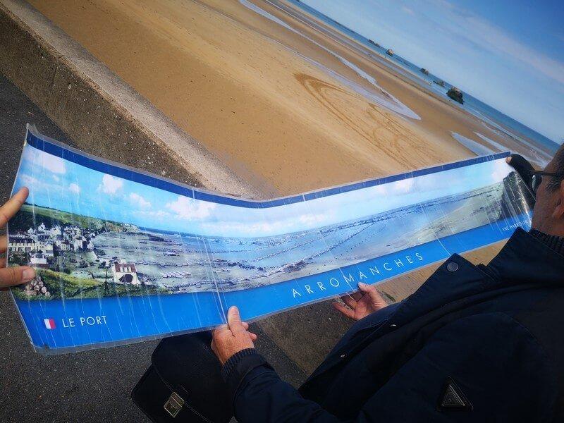 visite-historique-avec-photo-plage-debarquement